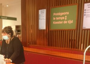 Gemaskerd legaal depot in KBR te Brussel.